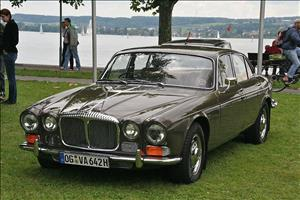 JAGUAR XJ6 SI 2.8 cover art