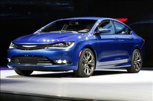 2015 Chrysler 200 Sedan cover art